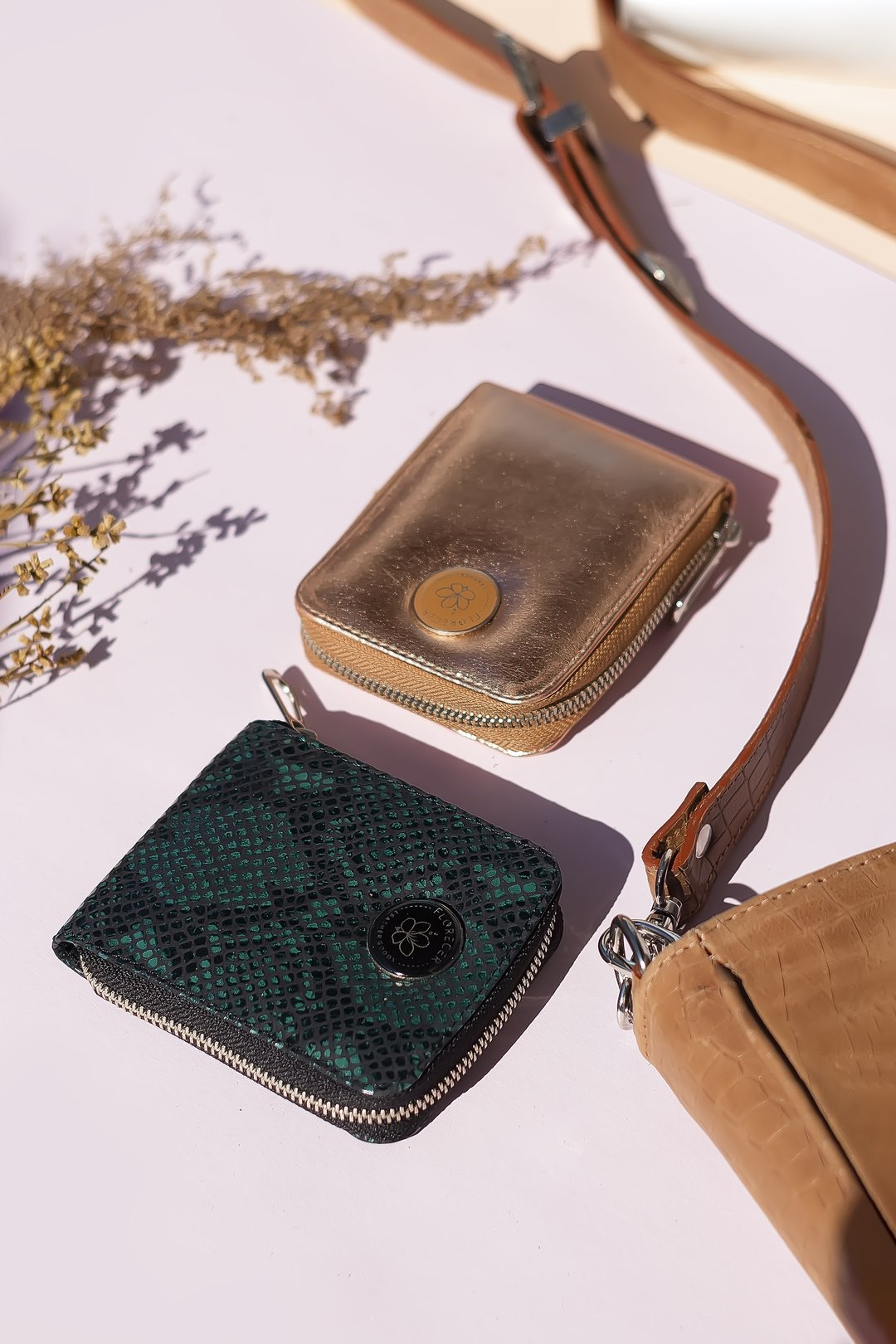 Cosmo Wallet by Florecer Leather Goods